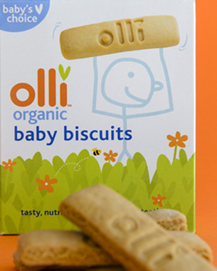 Based on the graphic language already developed for their range of cereals, a fun and illustrative approach was applied to the Baby Biscuits using the Olli character.